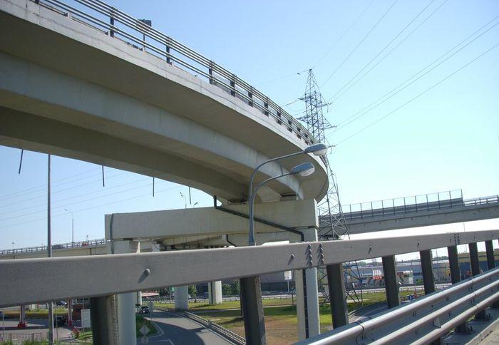 В новейшей столице России построят шесть автомобильных дорог доконца 2019г